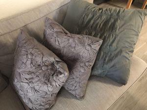 Dkny large and 2 medium pillows and cases for Sale in Avondale, AZ
