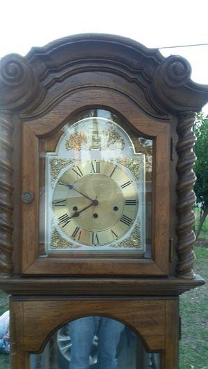 Antique clock for Sale in Pomona, CA
