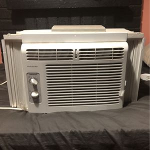 Frigidaire AC Unit for Sale in Upland, CA