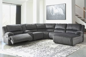 Ashley Furniture sectional couch for Sale in Stockton, CA