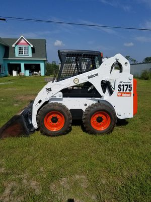 Bobcat skid steer loader tractor for Sale in Gautier, MS