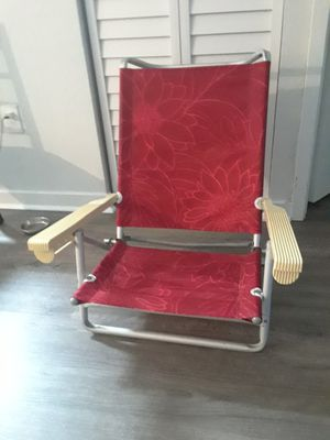 Comfortable beach chair red color 1 piece for Sale in Oakland Park, FL