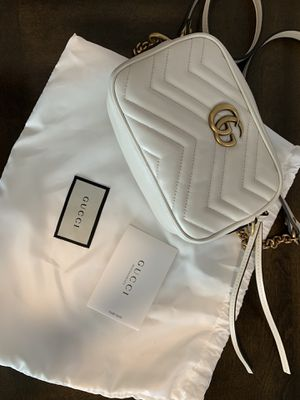 Gucci Marmont small shoulder bag for Sale in Orlando, FL
