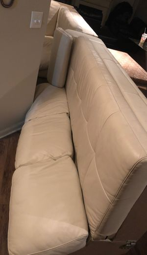 L couch white leather no animals for Sale in Dallas, TX
