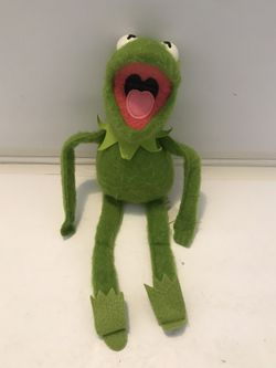 VTG 1981 KERMIT THE FROG Dress Up Muppet Doll #857 Fisher Price Jim Henson for Sale in East Dundee,  IL