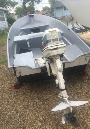 Hydra glass boat for Sale in Penns Grove, NJ