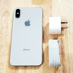 iphone X unlocked 64GB In Good Condition for Sale in Chamblee,  GA