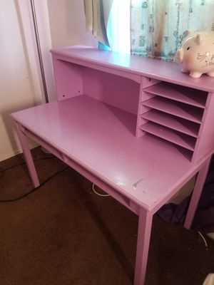 Child's Desk for Sale in Hawthorne, CA
