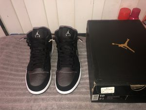 Jordan 1 Mid for Sale in Stuttgart, AR