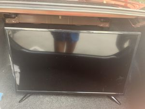 32 inch LED TV for Sale in Miami Beach, FL