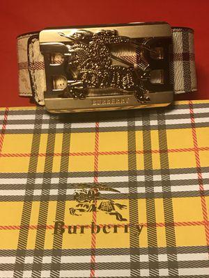 Gold buckle Burberry belt for Sale in Glen Burnie, MD