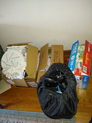 Baby clothes, wraps, carriers, bath for Sale in Richmond, VA