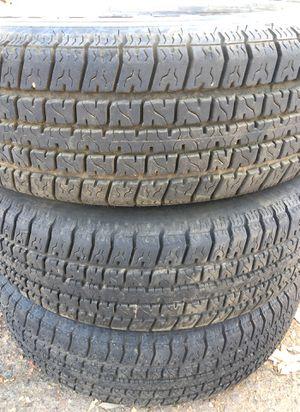 Carlisle trailer tires 205 75 14 for Sale in El Cajon, CA