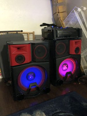 DJ speakers !! NO LOWER PRICES!!! FIRM ONLY $2000 for Sale in Hayward, CA