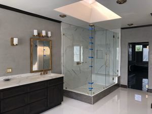 Shower doors for Sale in Lynwood, CA