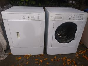 Kenmore frontloader washer/gas dryer combo for Sale in Fresno, CA