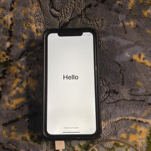 Iphone XR 128GB Unlocked From Factory For Any Career for Sale in Sunrise Manor, NV