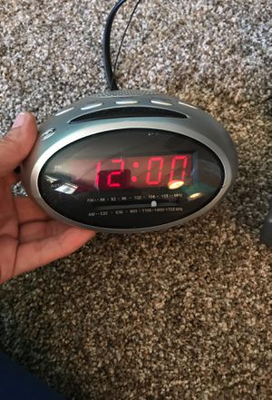 Alarm clock radio for Sale in Portland, OR