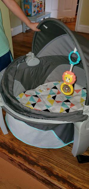 Travel bassinet for Sale in Adelphi, MD