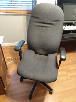 High back office chair 15 for Sale in Lincoln, CA