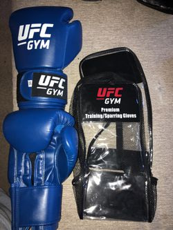 UFC 16oz. (Boxing)Training/Sparing gloves for Sale in San Diego,  CA