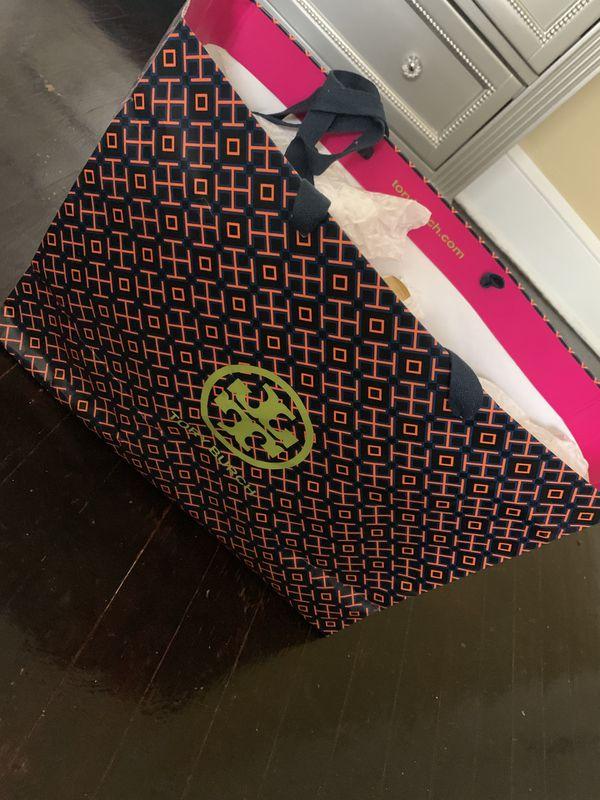 brand new tory burch bag $200 never used/worn