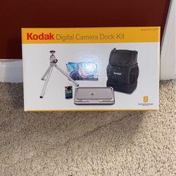 Kodak Digital Camera Dock Kit (CAMERA NOT INCLUDED) for Sale in Lockport,  IL