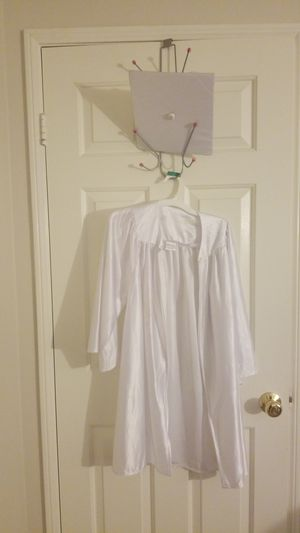 White Graduation Gown for Sale in Norwalk, CA