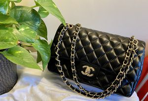 Chanel classic double flap bag for Sale in Westminster, CA