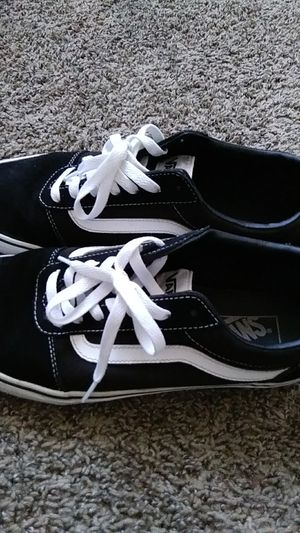 Black and White Vans Mens Size 10 for Sale in Las Vegas, NV