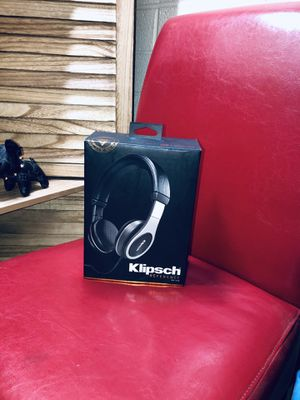 Klipsch On-Ear (Wired) Reference Headphones for Sale in Apache Junction, AZ