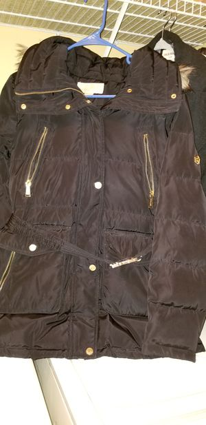 Michael Kors Thick All weather Coat for Sale in Chantilly, VA