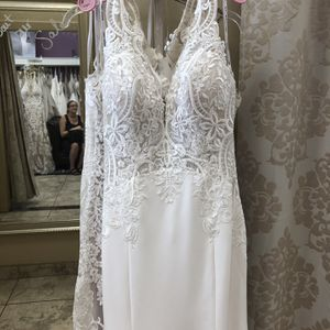Wedding Dress (Madison James) for Sale in Mesa, AZ