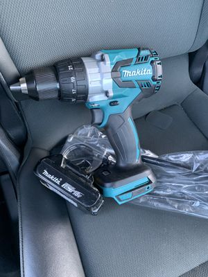 Brand new Makita 18-Volt LXT Lithium-Ion Brushless Cordless 1/2 in. XPT Hammer Drill/Driver (Tool & a use battery 🔋) for Sale in Sacramento, CA