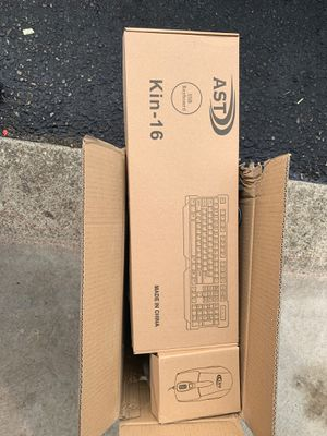Windows 7 pro Oa modem with key board and mouse brand new for Sale in Pickerington, OH