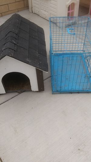 Small Dog House & Cage for Sale in Perris, CA