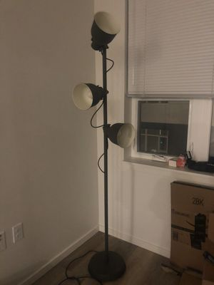 Floor LED lamp (turnable, included 1 extra new bulb) for Sale in Seattle, WA