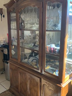 Chinese cabinet for Sale in El Cajon,  CA