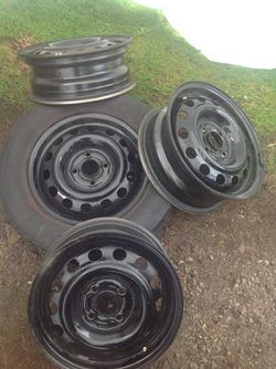 This weekend only ! Good set Civic ek 4x100 96-00 may fit other years for Sale in Tacoma,  WA