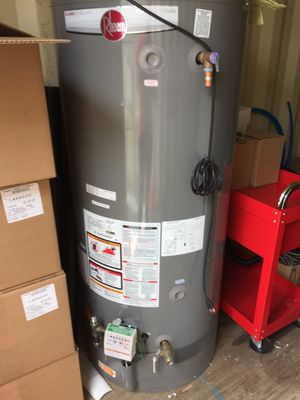 Water Heater Rheem Classick Plus Profesional 75galons for Sale in Spring Valley, CA