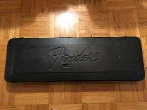 Fender bass hard case vintage 1980's for Sale in San Francisco, CA