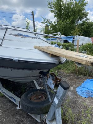 Boat w/trailer $800/OBO for Sale in Forest Heights, MD