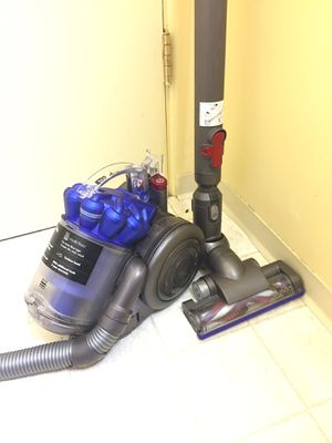 Dyson Canister Vacuum Cleaner for Sale in Tacoma, WA