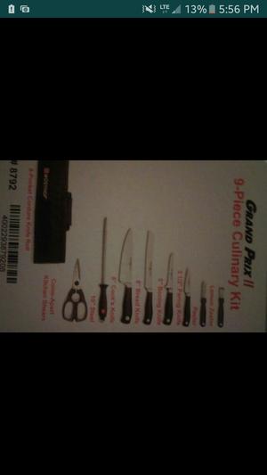Profecional knives 9pc set for Sale in San Francisco, CA