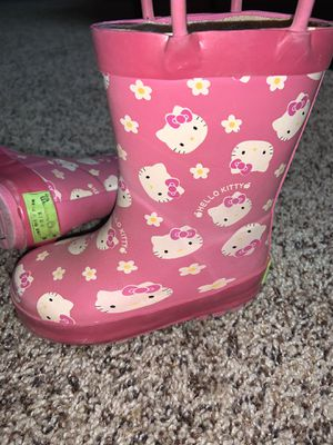 Girls hello kitty rain boot for Sale in Colorado Springs, CO