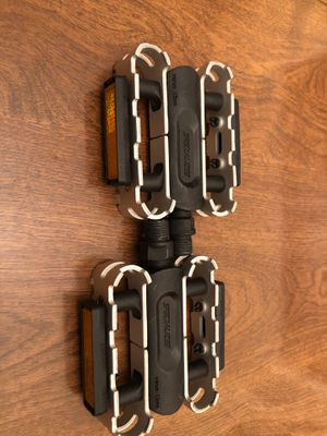 Specialized flat bike pedals for Sale in Old Bridge, NJ