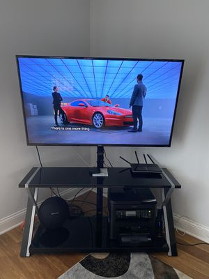 "55"" Smart TV and entertainment center for Sale in Chicago, IL"