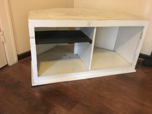 Large Corner TV Stand for Sale in Detroit, MI