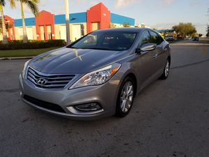 2013 Hyundai azera for Sale in Miami, FL