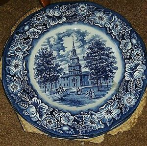 ANTIQUE LIBERTY BLUE CHINA 135 PCS SET for Sale in Mobile, AZ